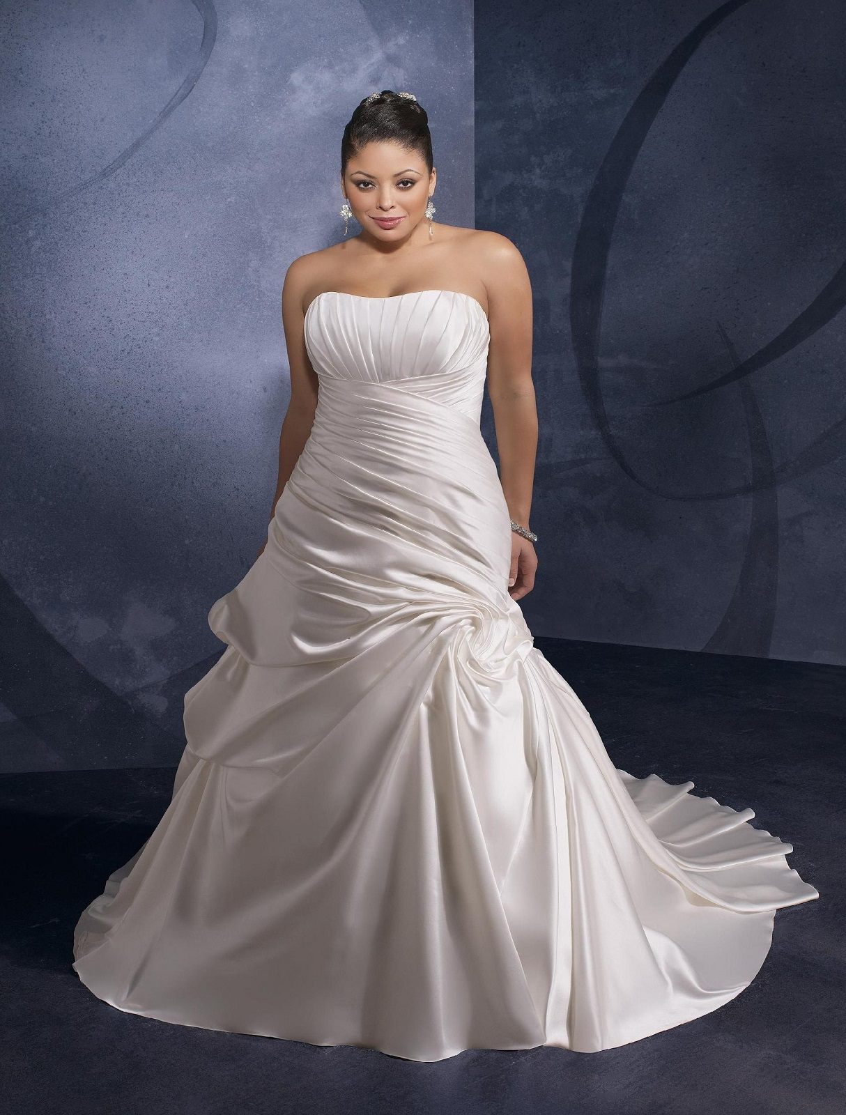 - Mori Lee - 3076, Ivory: Plus Size: 44-46