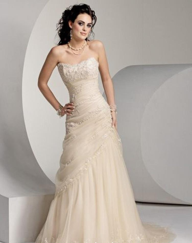 Maggie Sottero - VSM-7047, Diamond White: 38