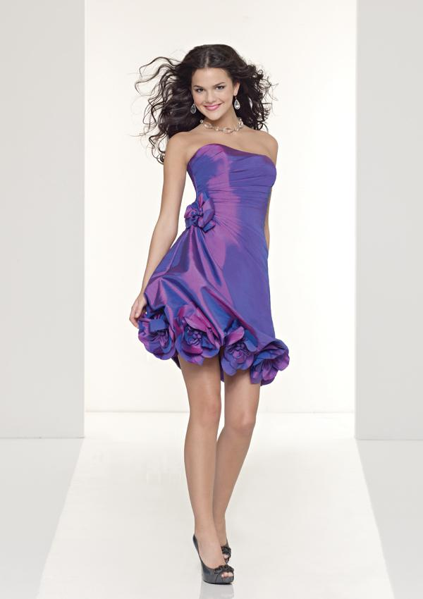 - Mori Lee 9051, I.Purple: 36, 38/40, Black:36