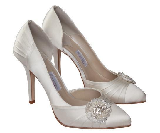 SASSO - Rainbow Couture cipő. 29.500 Ft. 10,5 cm sarok